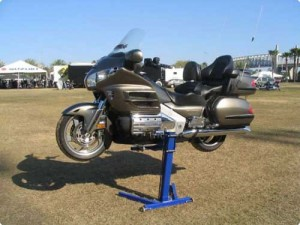 goldwing-2-750-750-80-rd-255-255-255 jpg